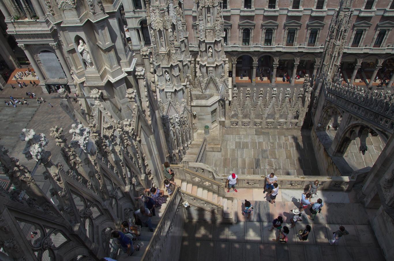 Na střeše Duomo di Milano