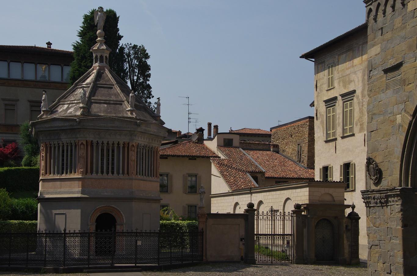 Battistero, Bergamo