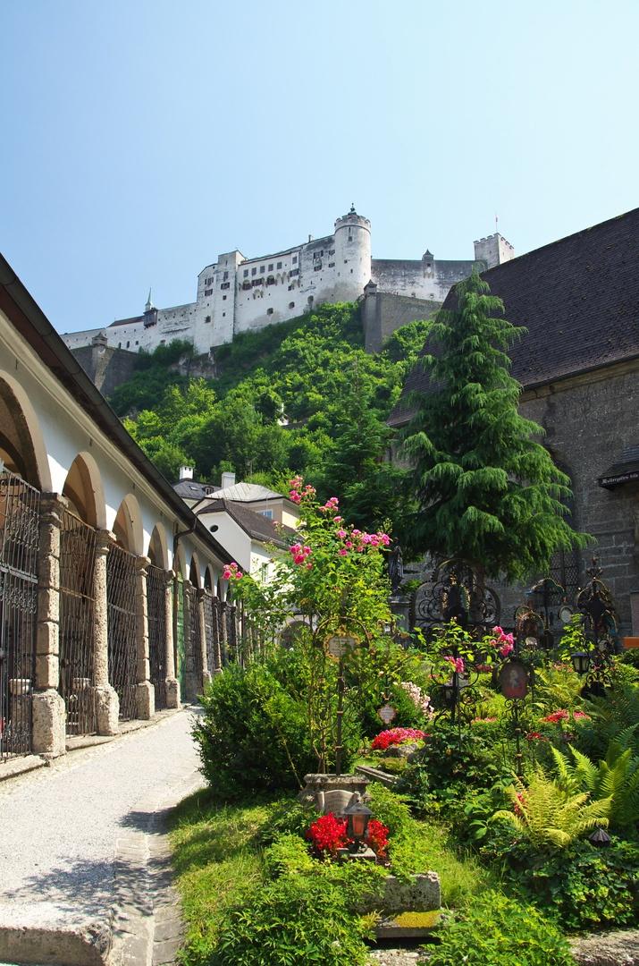 Petrský hřbitov (Petersfriedhof) v Salzburgu