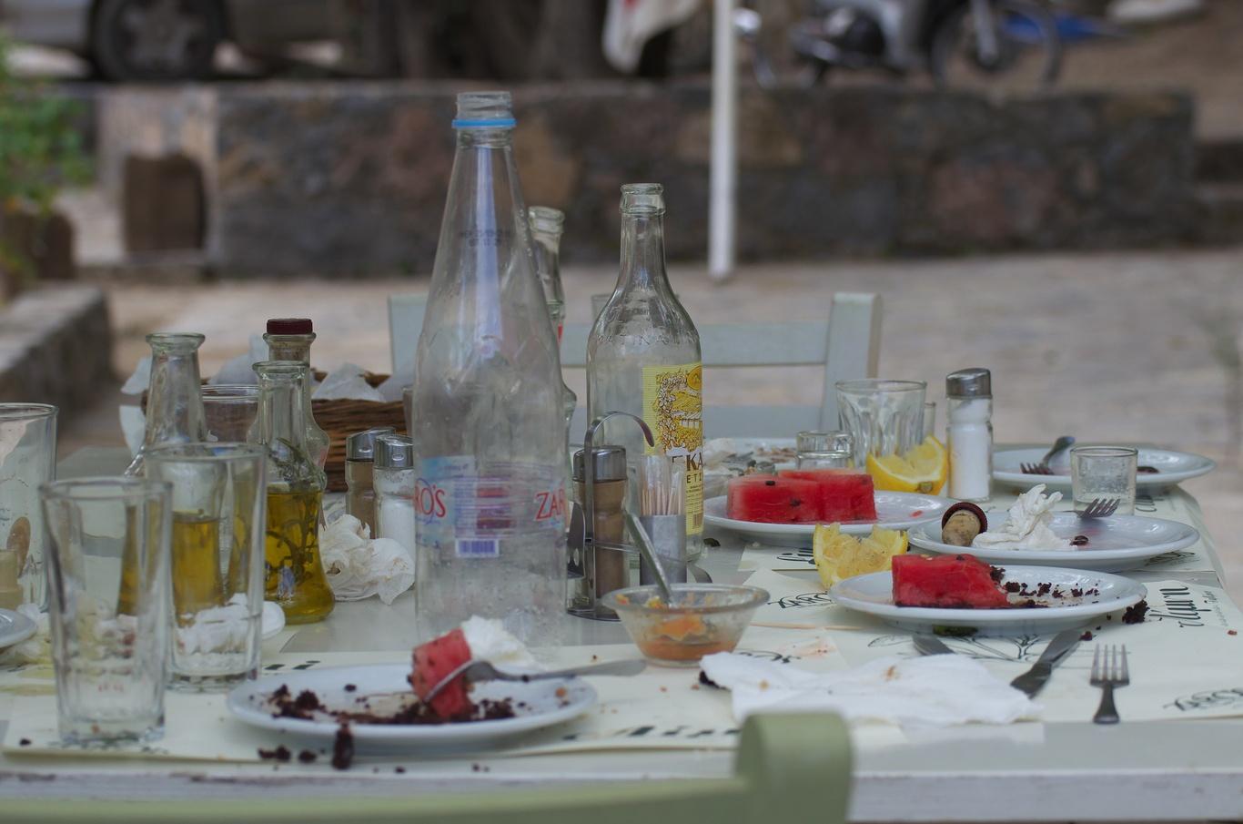 Řekové právě dojedli