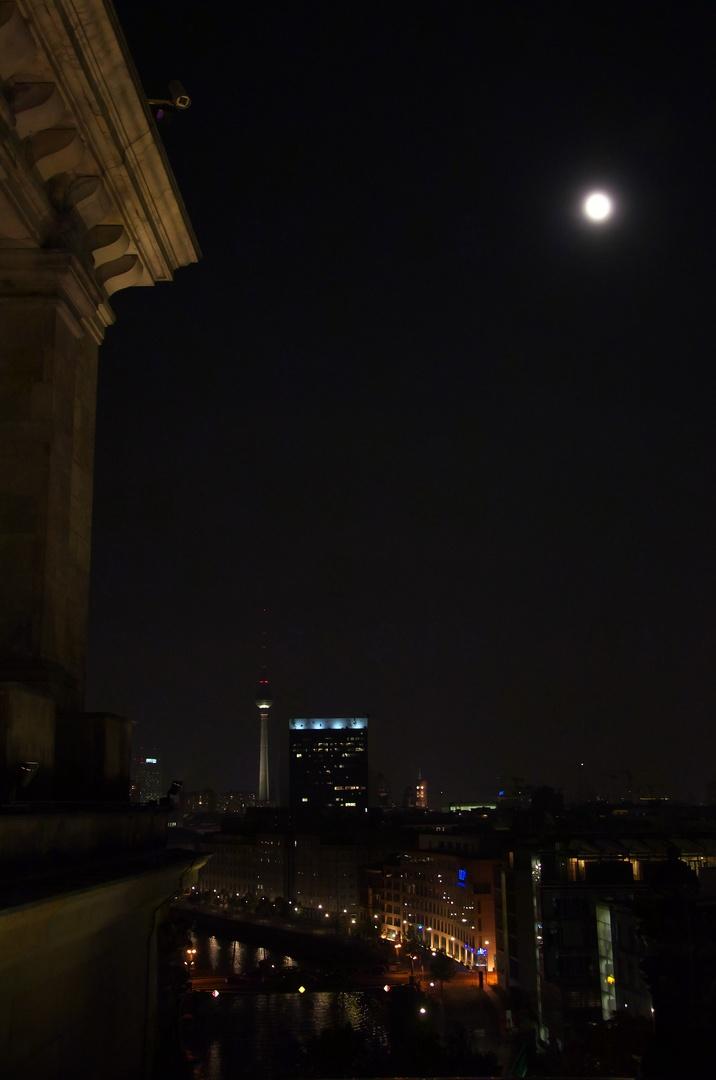 Výhled ze střechy Bundestagu