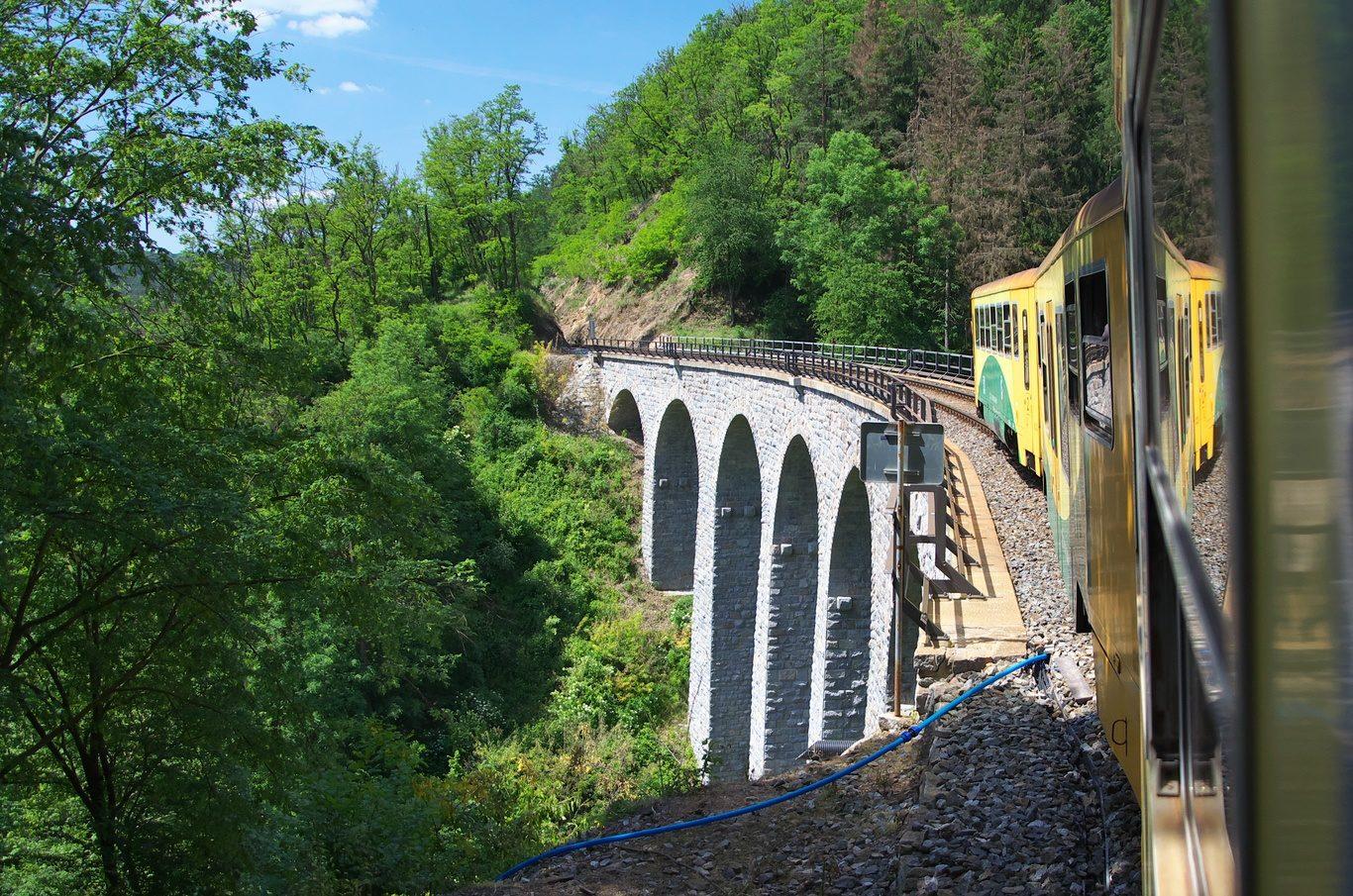 Jízda Posázavským pacifikem, viadukt Žampach