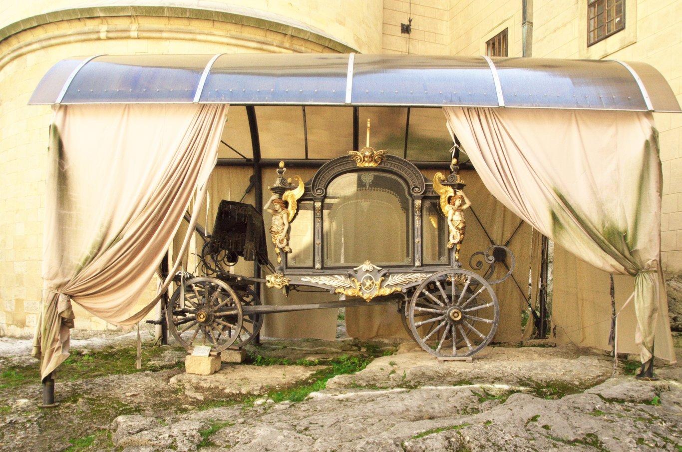 Pohřební kočár Jána Františka Pálffyho, posledního šlechtického majitele bojnického zámku