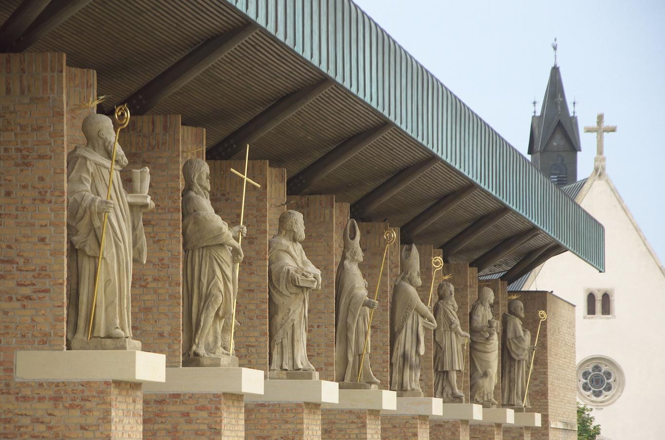 Galerie světců, Velehrad