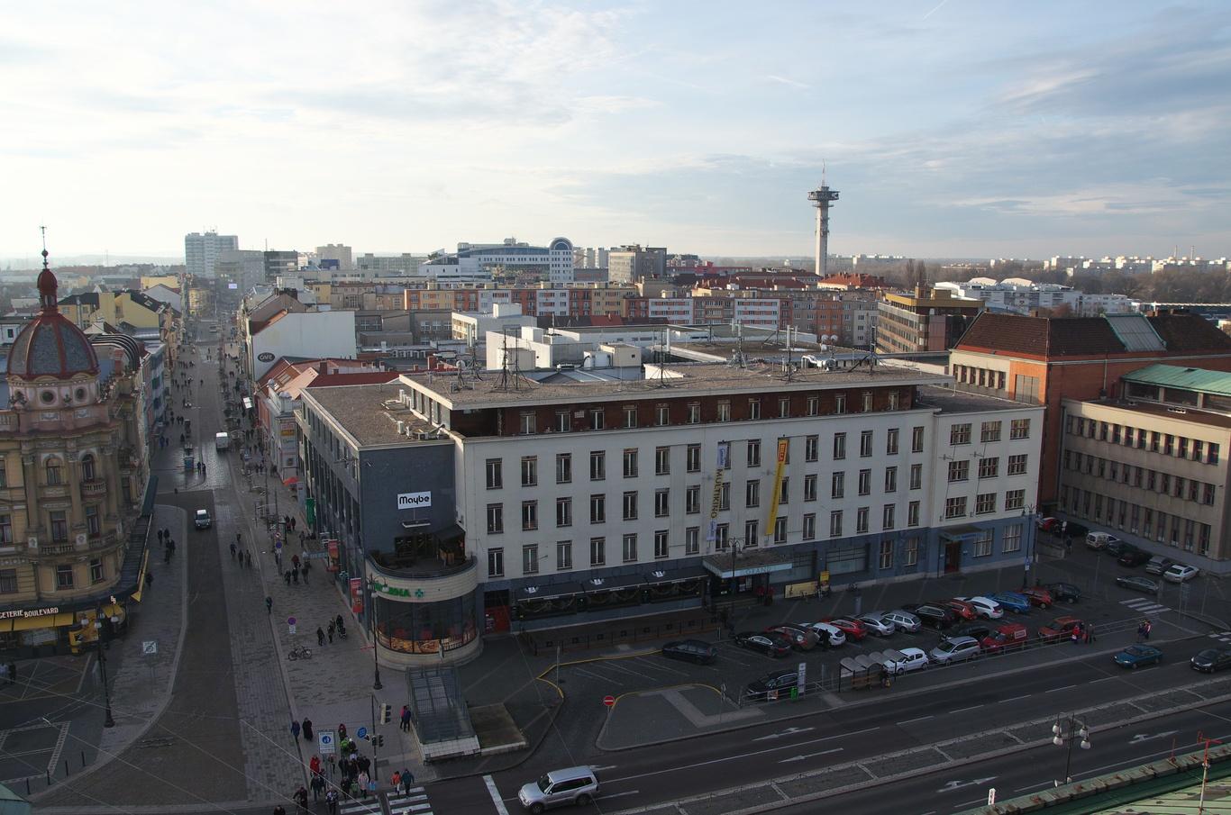 Výhled z věže Zelené brány, OC Grand