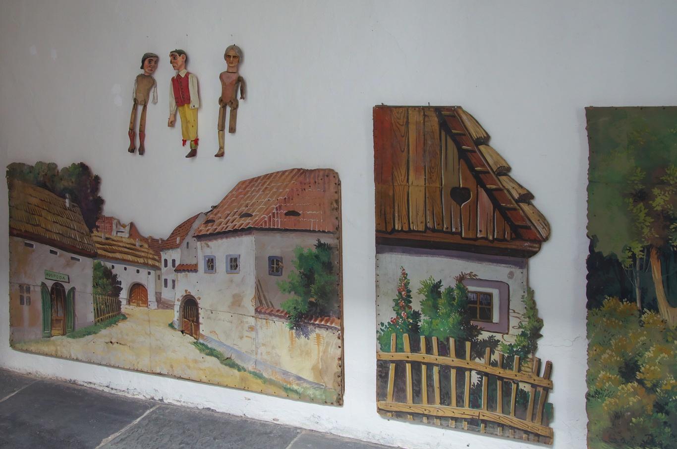 Bývalý augustiniánský klášter, expozice loutek