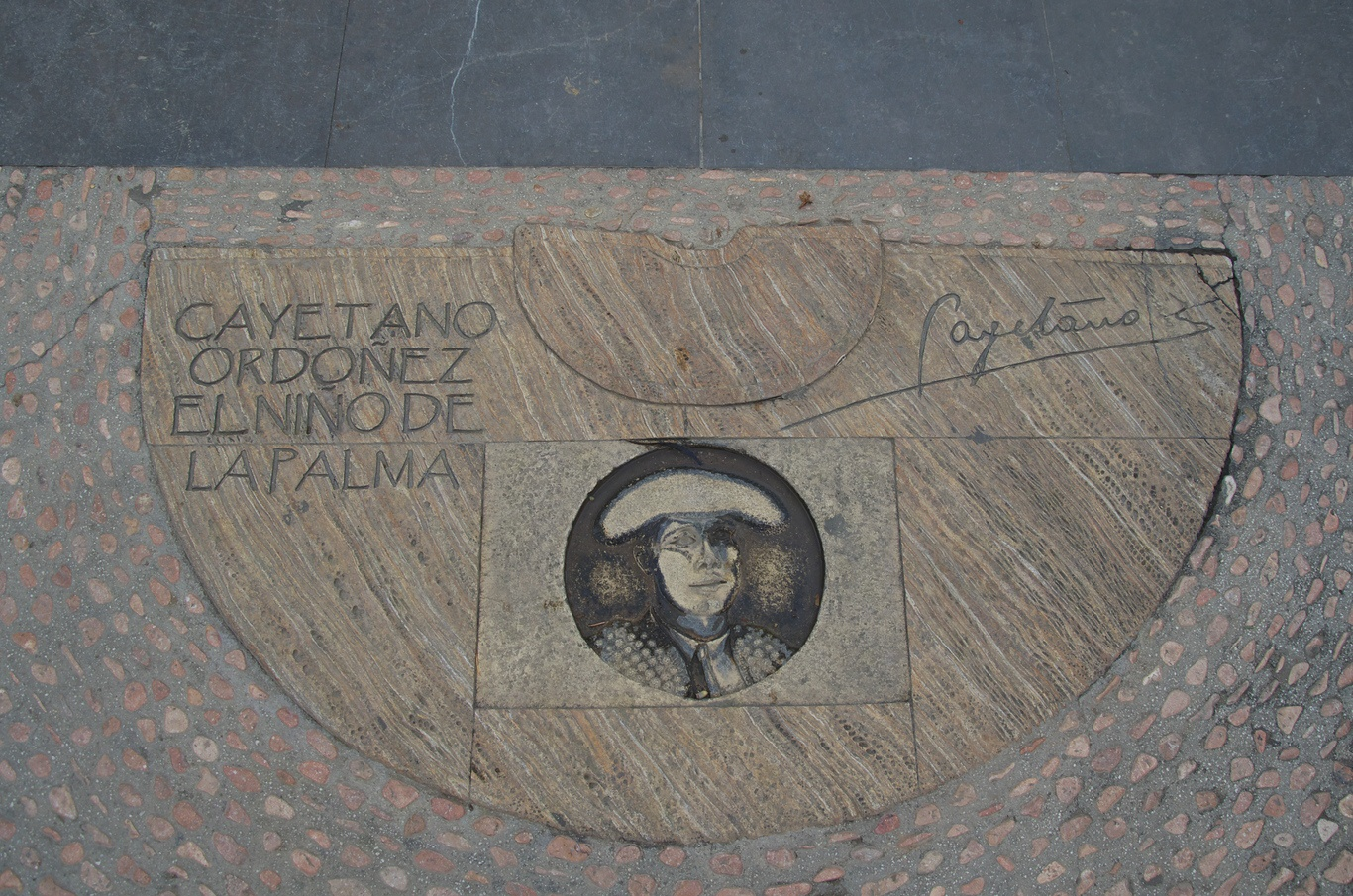 """Chodník slávy"" toreadorů poblíž Plaza de Toros"