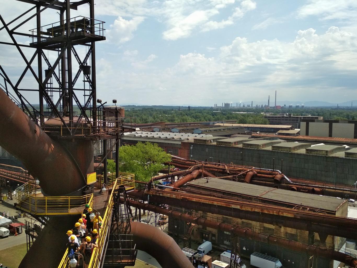 Pohled z VP1, v pozadí ArcelorMittal Ostrava