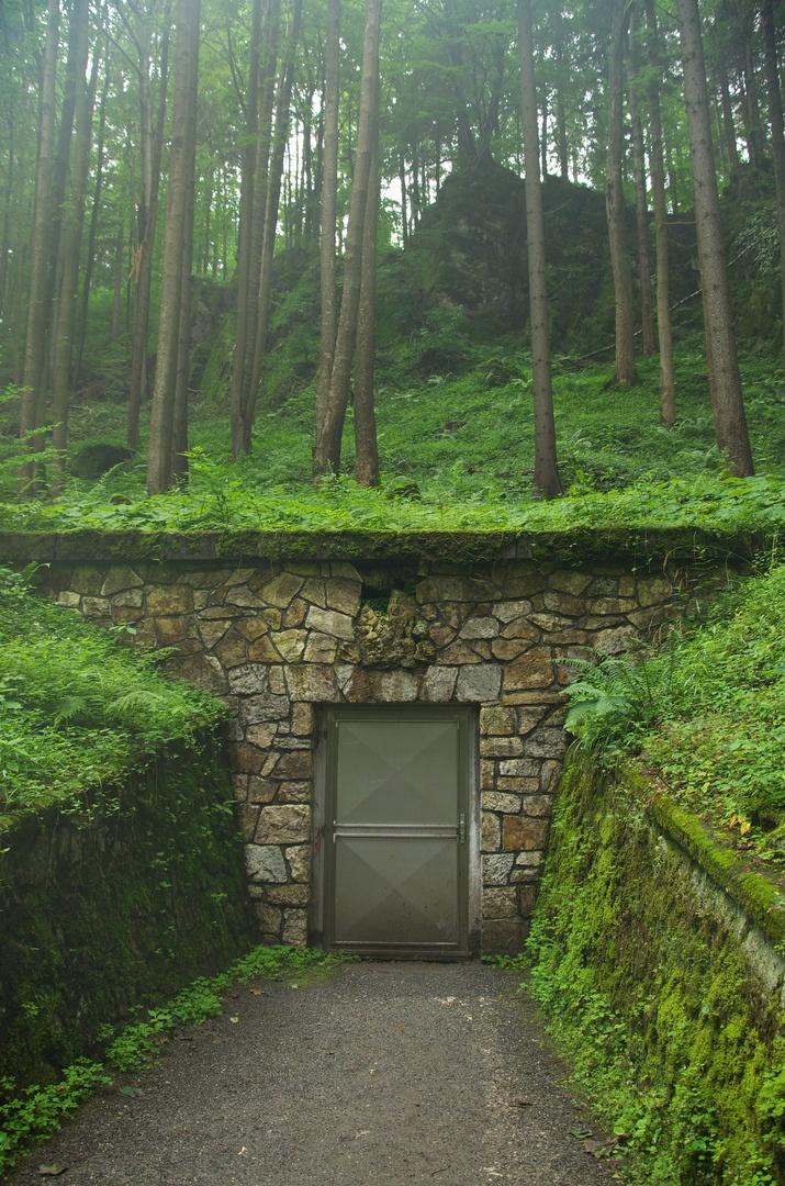 Jeskyně Na Pomezí, východ