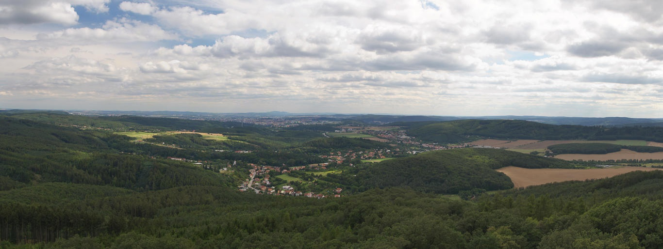 Pohled z rozhledny směrem k Brnu