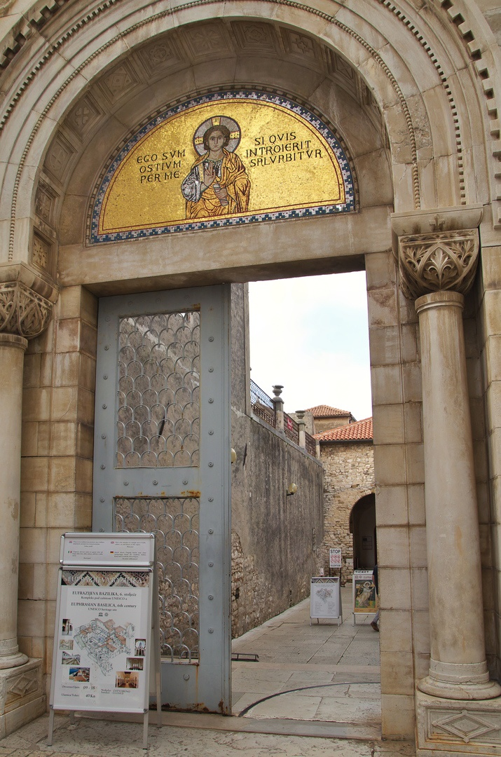 Eufraziova bazilika, Poreč - vstup