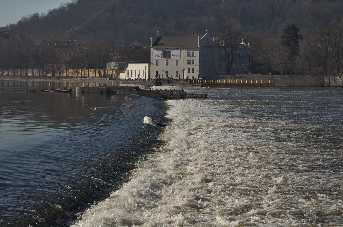 Vltava a Sovovy mlýny