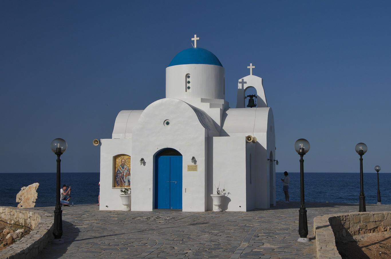 Protaras, kostelík Agios Nikolaos