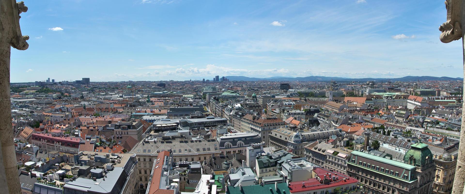 Výhled z věže Stephansdomu