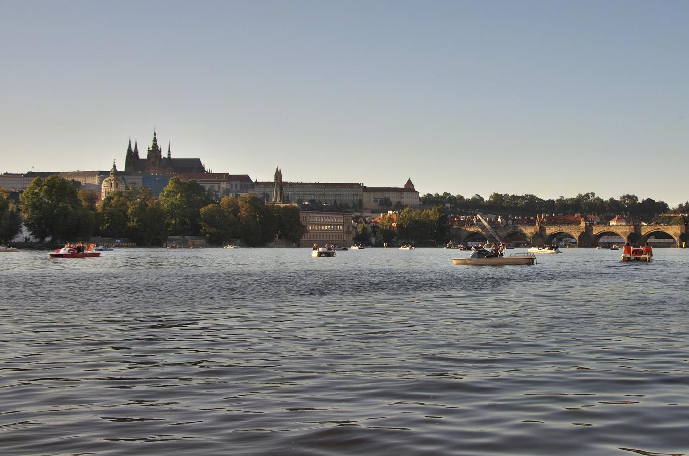 Ze šlapadla na Vltavě
