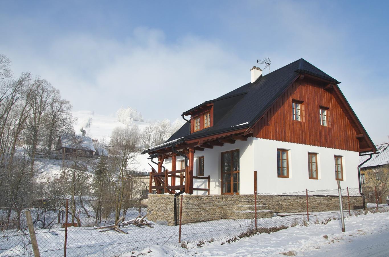 Kunčice, leden 2020 - chalupa, kde jsme byli ubytovaní.