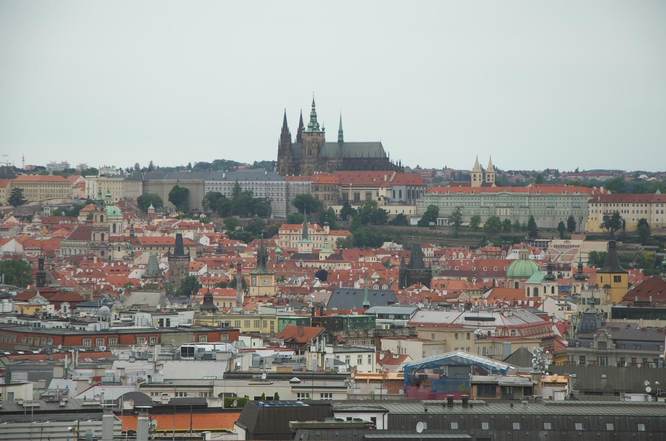 Pražský hrad z kupole Národního muzea
